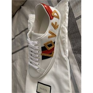 Never worn Gucci Sneakers!
